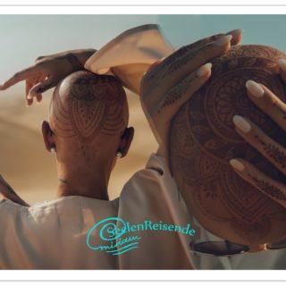 HennaTattoo am Kopf